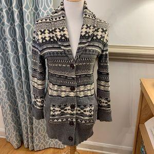 Patterned gray oversized cardigan